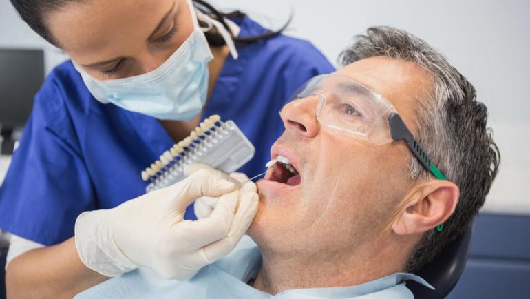 Engaging the best Cosmetic Dentist Santa Clarita