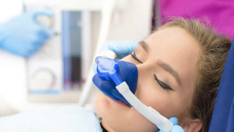 Is there a practice of sedation dentistry in Santa Clarita?